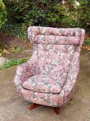 Retro Vintage Parker Knoll Statesman Swivel Egg Chair