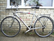 Mens' Raleigh bicycle